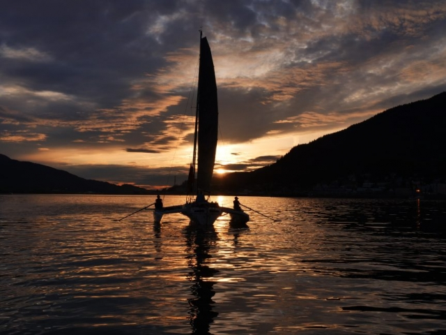 race to alaska, r2ak, Ketchikan, team sistership, sunset, zach carver